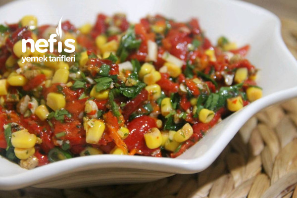 5dakıkada Kozlenmıs Kırmızı Bıber Salatası