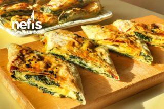 Ispanaklı Pastırmalı Börek (Mutlaka Deneyin) Tarifi