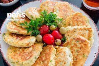 Kahvaltılara Sahura Hazırlayabileceğiniz Çok Pratik Bir Lezzet Peynirli Pankek Tarifi