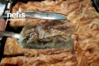 Kıymalı Tepsi Böreği (Pratik Börek Tarifi)