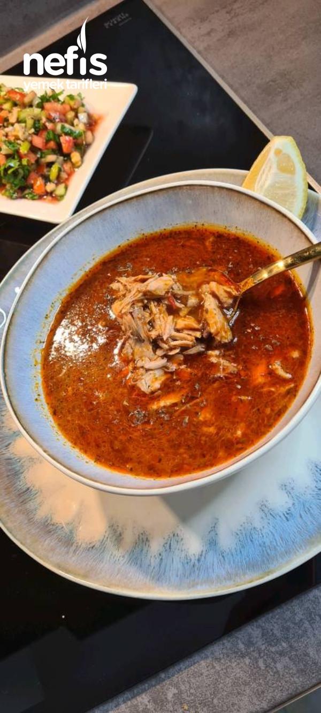 Tavuklu Paça Çorbası