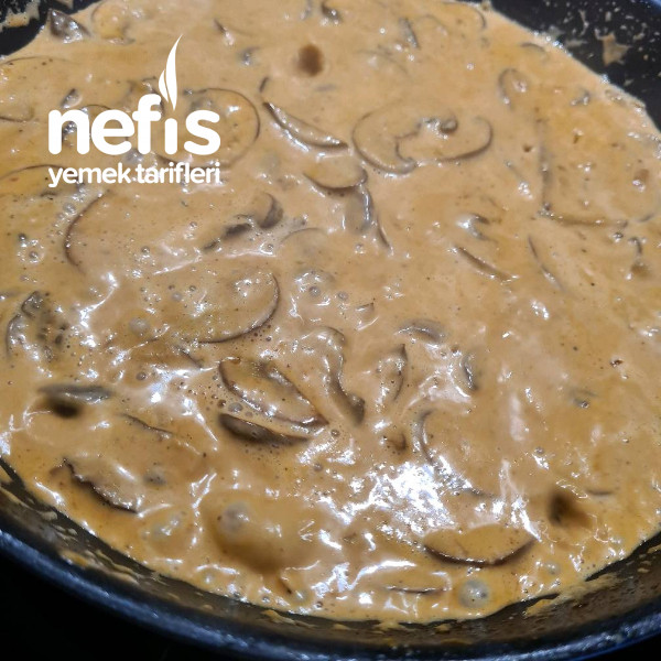 Kremalı Mantar Sos (Tavuk Ve Etlerinize Cok Yakışaçak Bir Sos)