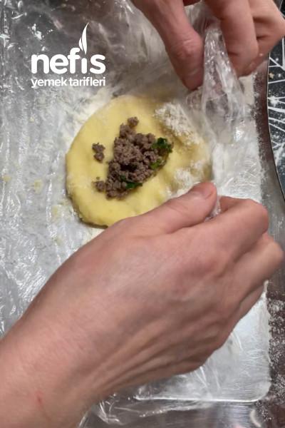 Yumuşacık Kıymalı Patates Köftesi