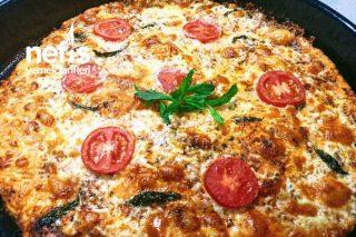 4 Peynirli İnce Hamur Pizza Tarifi