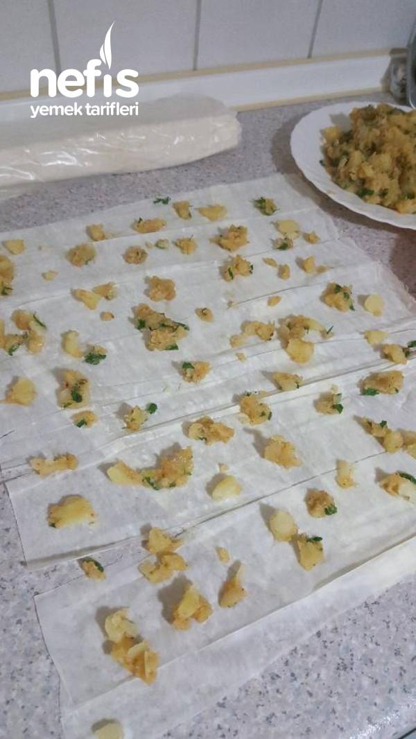 Patatesli Ve Peynirli Pileli Börek