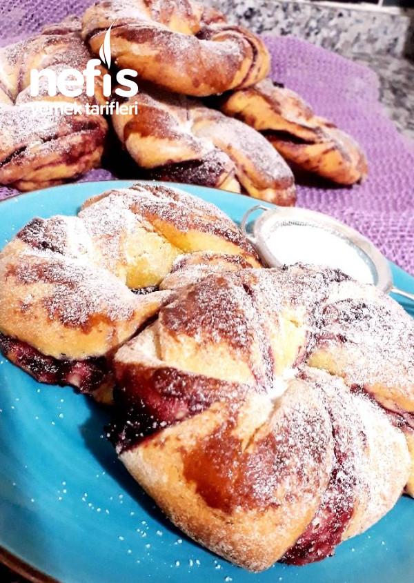 Vişneli Çörek