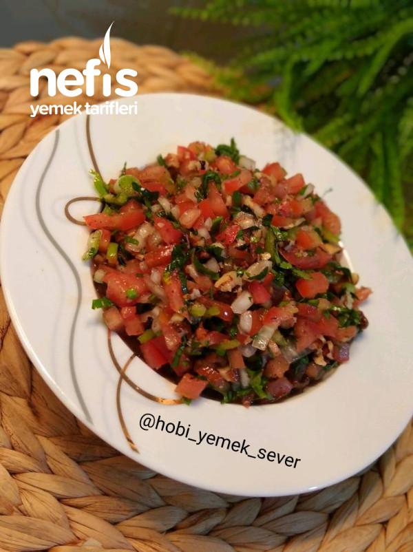 Gavur Dağı Salatası