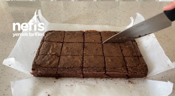 Tam Kıvamında Orijinal Brownie (Videolu)