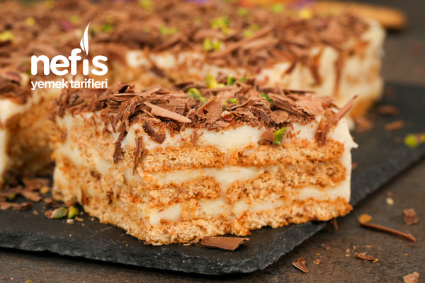 Yulaflı Bisküvili Nefis Pasta Tarifi