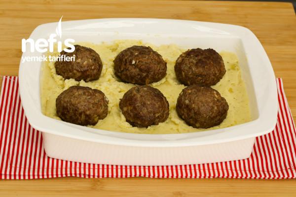 Köfteli Patates Püreli Fırın Yemeği