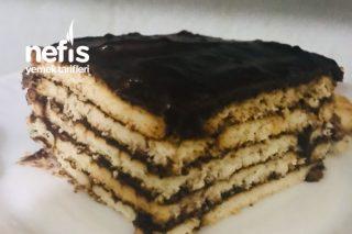 Kolay 20 Dakikalık Tembel İşi Pasta Tarifi