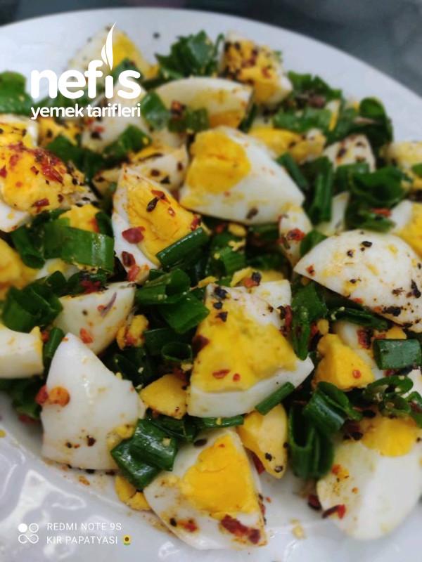 Taze Soğanlı Haşlanmış Yumurta