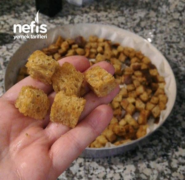 Fırında Baharatlı Kruton (Kıtır Ekmek)