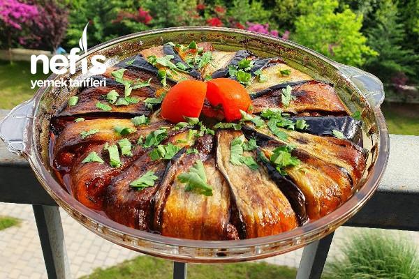 Kıymalı Patlıcan Kapama (Videolu)