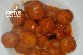 Enfes Patlıcanlı Sulu Fellah Köfte Tarifi