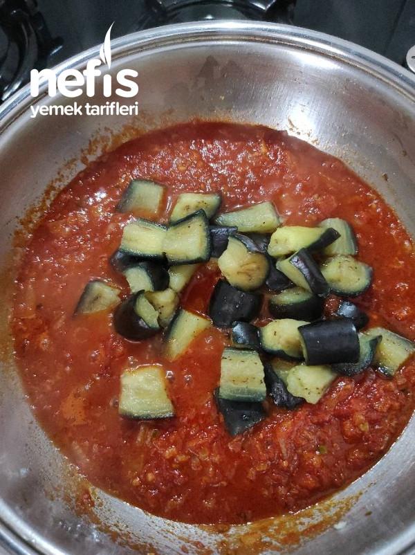 Patlıcanlı Enfes Sulu Yemek