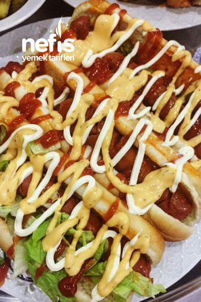 Sosisli Sandviç (Hot Dog)