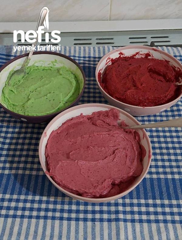 Çilekli Dondurma (Şekersiz)