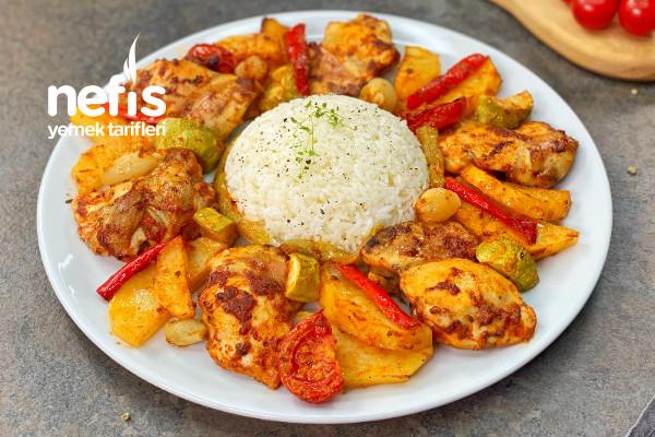 En Hızlı Ana Yemek: Fırında Sebzeli Tavuk (videolu)