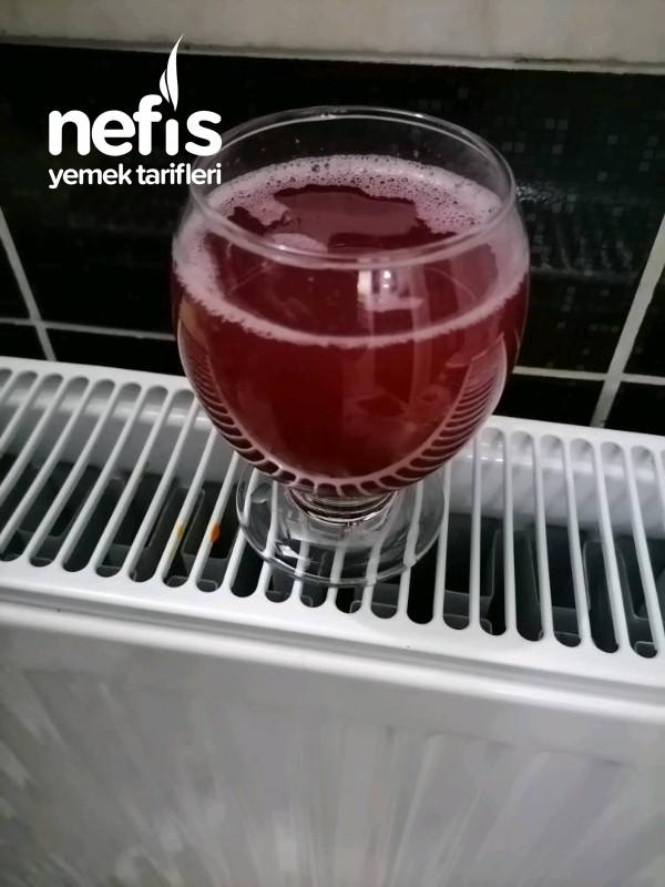 Kırmızı Erik Meyve Suyu