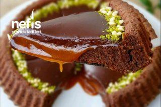 Çikolatalı Karamellı Tart Kek Tarifi