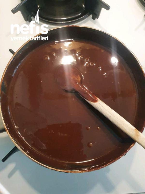 Çikolatalı Karamellı Tart Kek