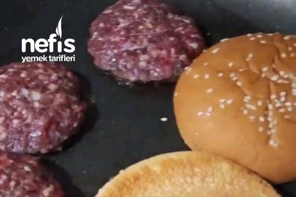 Karemelize Soğanlı Hamburger