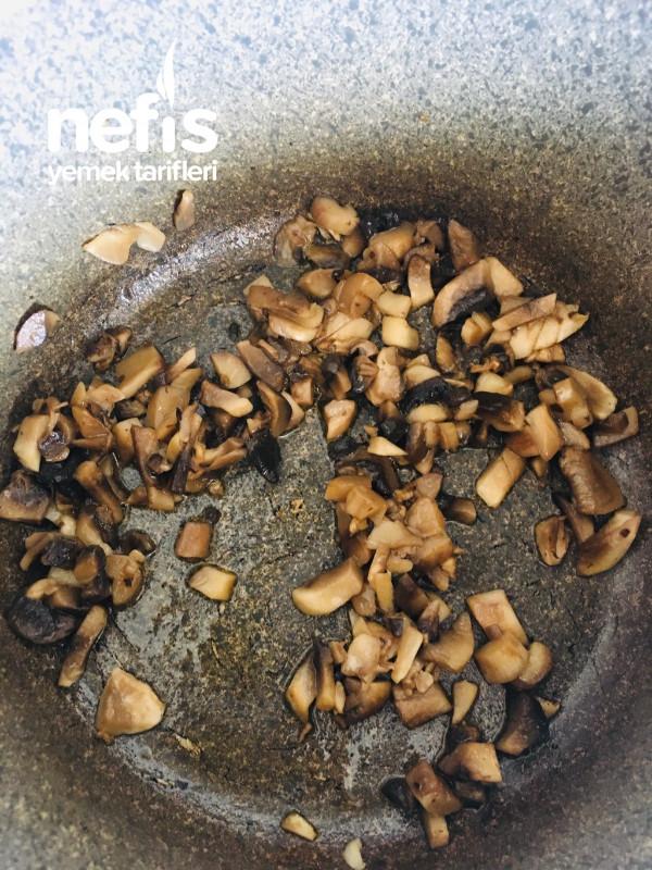 Mantar Çorbası (Terbiyeli Mantar Çorbası)