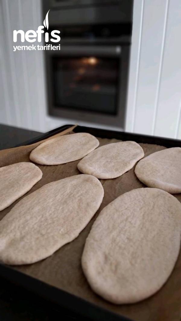 Pita Ekmeği (Gobit) Ve Tantuni
