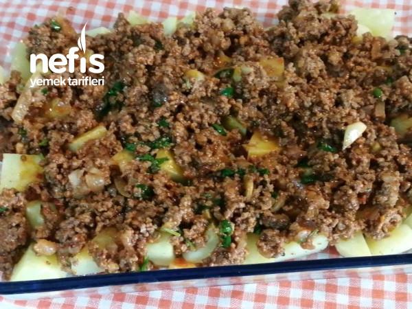 Patates Musakka (En Pratiğinden)