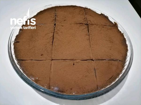 Bebek Bisküvili Borcam Pastası (10 Dakikada)