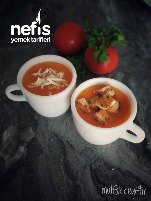 Farklı Lezzette domates Çorbası