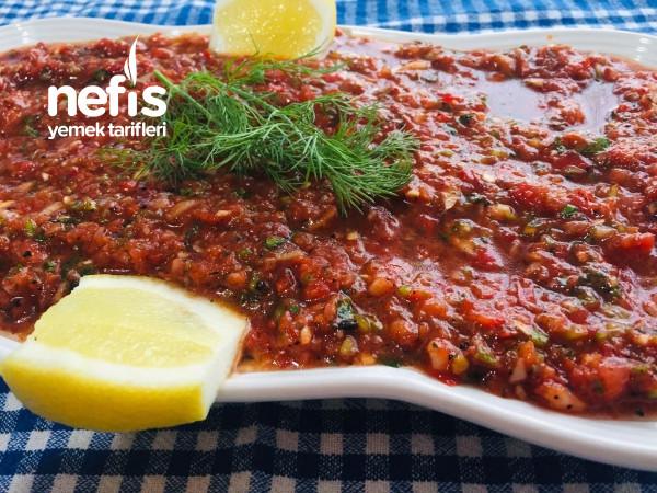 Restoranların Sır Gibi Sakladığı Ezme Salata Tarifi