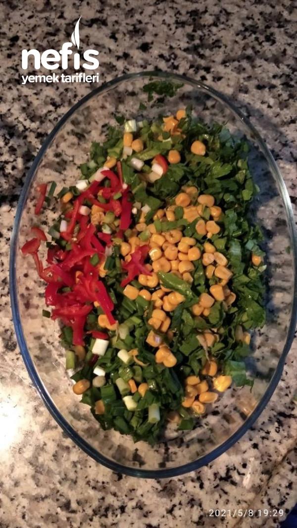 Ton Balık Salatası.
