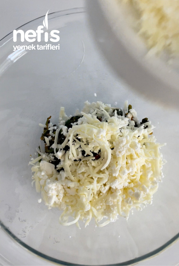 Ispanaklı Peynirli Tart
