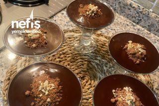 Çikolata Soslu Bisküvili Muhallebi Tarifi