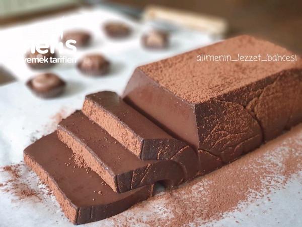Yumuşacık Çikolatalı Puding Pasta
