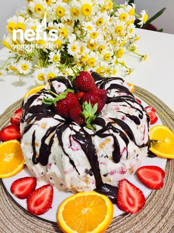 Dondurma tadında hafif pasta – meyveli parfe