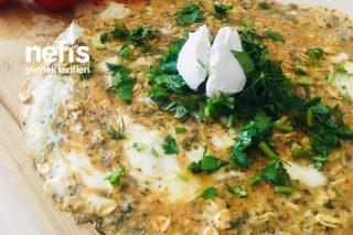 Hem Omlet Hem Ekmek: Yulaflı Omlet (Kalori Değerleriyle Birlikte) Tarifi