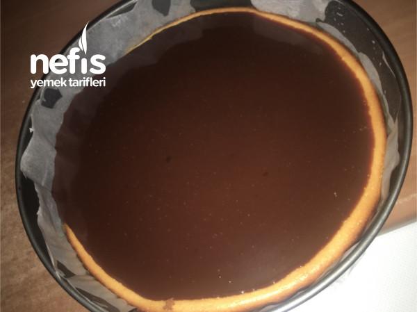 Cheesecake Limon Aromalı Ve Ganaj Çikolata Soslu
