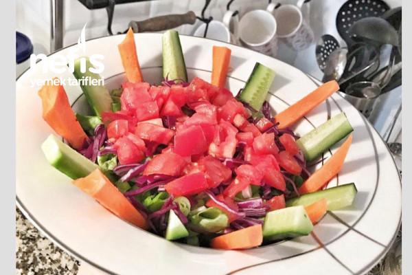 Salata Sunumu