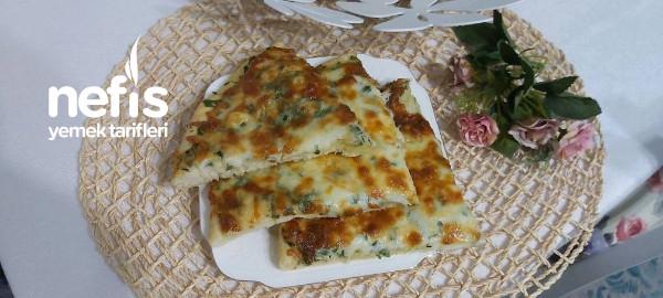 Sarımsaklı Yeşil Pizza