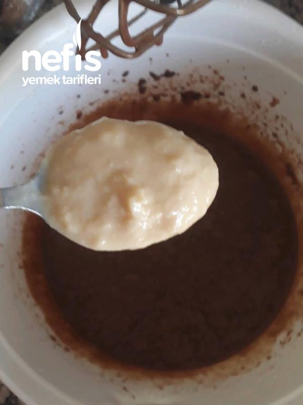Süt Reçelli Kahveli Brownie