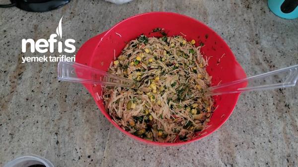 Karışık Şehriye Salatası (Videolu)-9419809-090510
