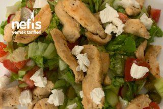 Sağlıklı Tavuk Salatası Tarifi
