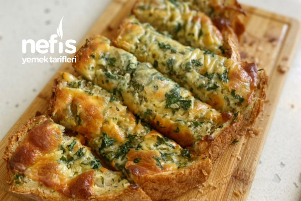Sarmısaklı Kaşarlı Kahvaltılık Ekmek