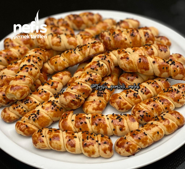 Şahane Tuzlu Kıvrık Kurabiye (Pastaneden Daha Güzeli)-9442429-080557