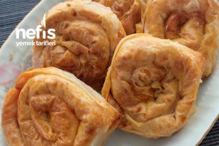 Efsanee Patatesli Gül Böreği Tarifi