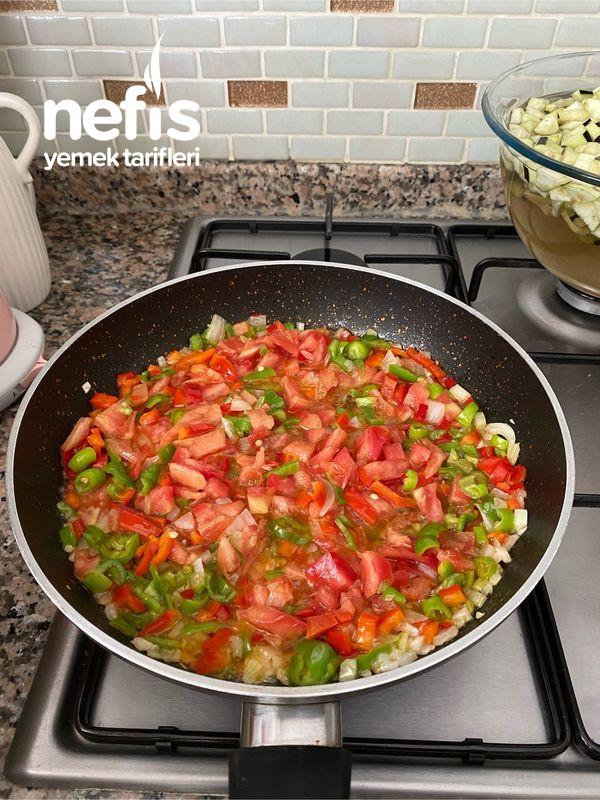 Nefis Lezzetiyle Patlıcanlı Börek-9454524-130544