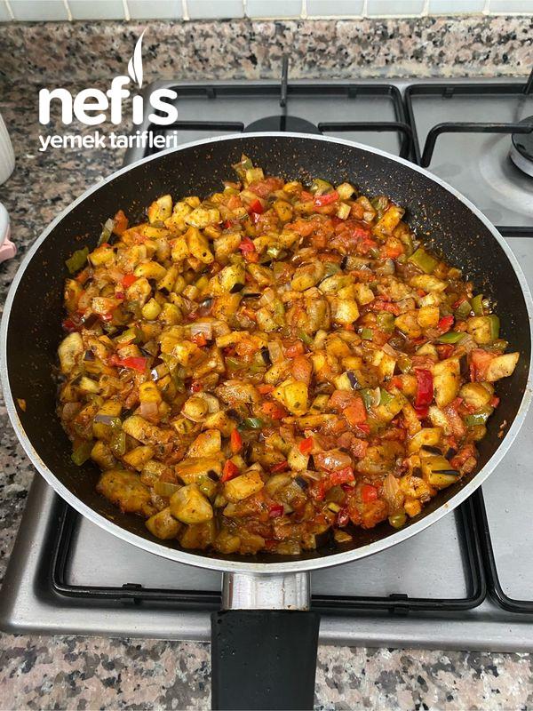 Nefis Lezzetiyle Patlıcanlı Börek-9454524-130546